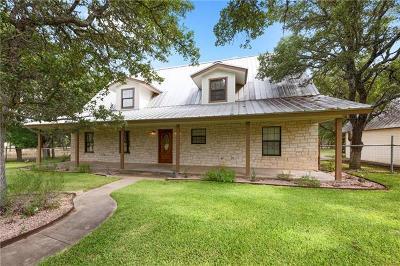 Burnet County Single Family Home For Sale: 121 Circle Oaks Dr