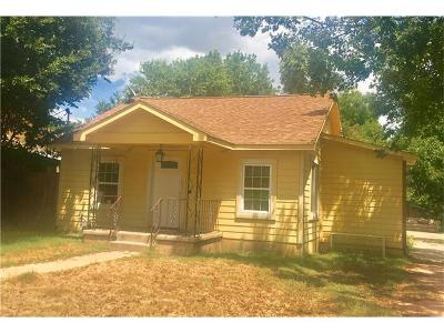 Single Family Home For Sale: 911 Brass St