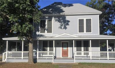 Luling Single Family Home For Sale: 530 S Magnolia Ave
