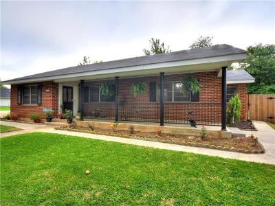 Elgin Single Family Home For Sale: 113 Hickory Ln