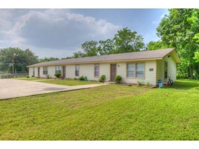 Lockhart Multi Family Home Pending - Taking Backups: 1024 N Pecos