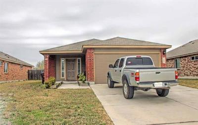 Lockhart TX Single Family Home For Sale: $179,500