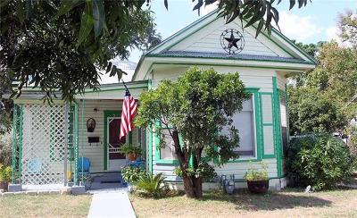 Lockhart Single Family Home For Sale: 523 Ash St