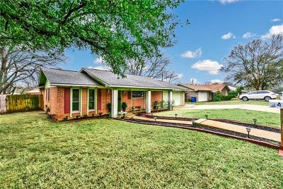 Single Family Home For Sale: 11407 January Dr
