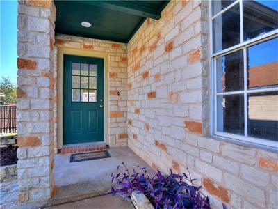 Round Rock Single Family Home Pending - Taking Backups: 1405 E Logan St