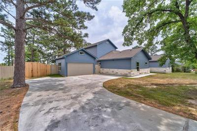 Bastrop Single Family Home For Sale: 205 McAllister Rd