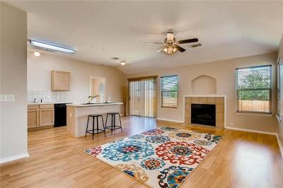 Pflugerville Single Family Home For Sale: 924 Friendship Quilt Ln