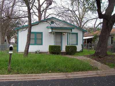 Austin Single Family Home Pending - Taking Backups: 1006 Linden St