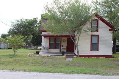 Refugio County, Goliad County, Karnes County, Wilson County, Lavaca County, Colorado County, Jackson County, Calhoun County, Matagorda County Single Family Home For Sale: 305 Arnim