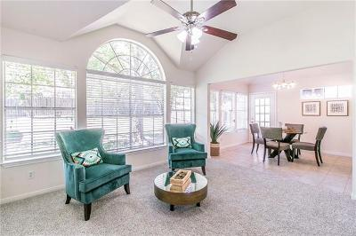 Pflugerville Single Family Home For Sale: 802 Canyon Bend Rd