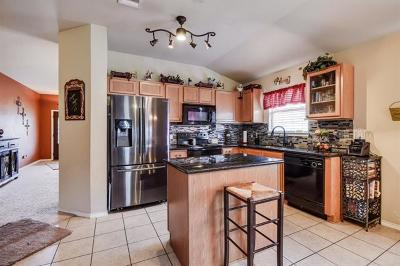 Hutto Single Family Home For Sale: 113 Jasmine Way