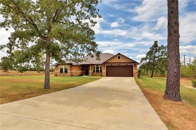 Bastrop Single Family Home For Sale: 210 Charolais Dr