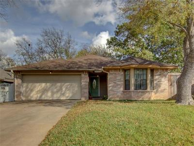Single Family Home For Sale: 903 Saunders Dr