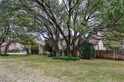 Single Family Home For Sale: 2809 Great Oaks Dr