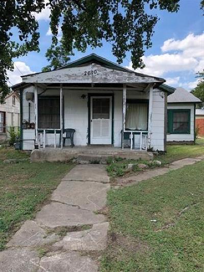 Single Family Home Pending - Taking Backups: 2610 E Oaklawn Ave E