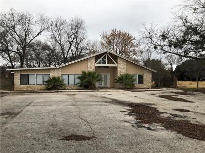 San Marcos Single Family Home For Sale: 1801 Uhland Rd