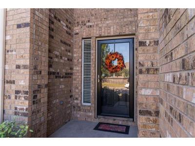 Manor Single Family Home For Sale: 11721 Voelker Reinhardt Way
