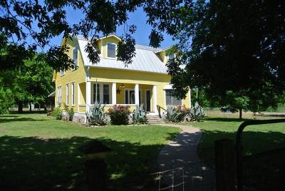 Elgin Single Family Home For Sale: 1363 Red Town Rd