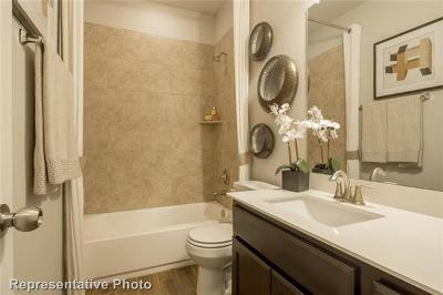 Lago Vista Single Family Home For Sale: 4114 Hillside Drive