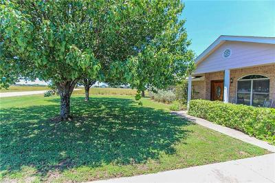 Jarrell Single Family Home For Sale: 125 Meadow Valley Loop