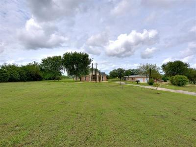 San Marcos Single Family Home For Sale: 2412 Center Point Rd