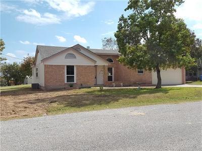Pflugerville Single Family Home For Sale: 2109 Maple Vista Dr