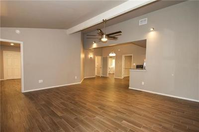 San Marcos Single Family Home For Sale: 100 Riverside Dr