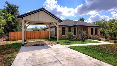 Bastrop County Single Family Home For Sale: 180 Mokulua Ln