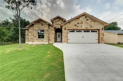 Bastrop County Single Family Home For Sale: 131 E Maunalua Dr