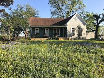 McDade TX Single Family Home For Sale: $174,900