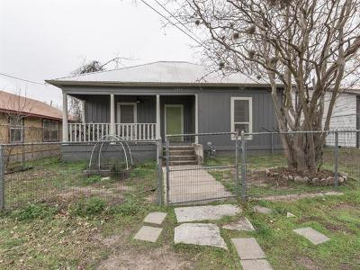 Travis County Single Family Home For Sale: 1915 E 11th