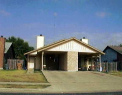 Austin Multi Family Home For Sale: 6908 Branchwood Dr