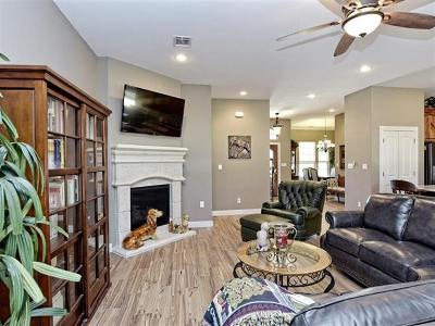 Bastrop Single Family Home For Sale: 101 Axis Trl