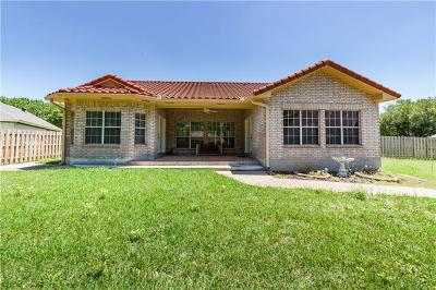 Elgin Single Family Home For Sale: 1106 Robin Rd