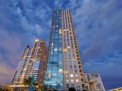 Spring Condo Amd Condo/Townhouse Pending - Taking Backups: 300 Bowie St #3604