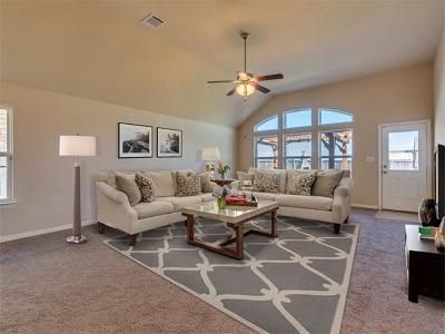 Hutto Single Family Home For Sale: 1211 Rhonda Cv