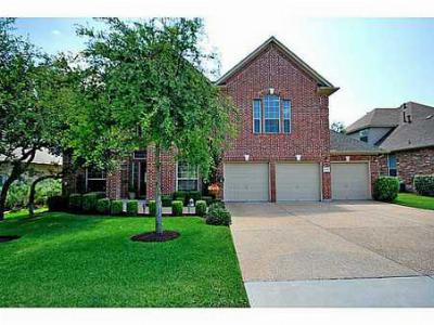 Single Family Home Sold: 1239 Pine Forest Cir