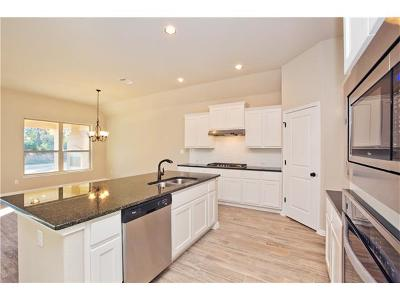 Single Family Home For Sale: 343 Sam Houston Dr