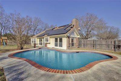 Round Rock Single Family Home For Sale: 1919 Logan Dr