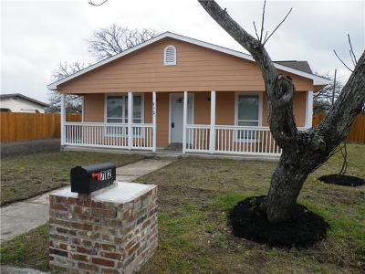Giddings Single Family Home For Sale: 712 N Harris St