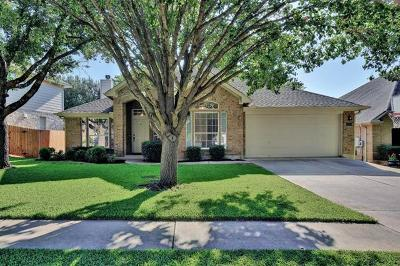 Round Rock Single Family Home Pending - Taking Backups: 4424 Hunters Lodge Dr