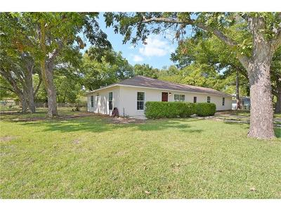 San Marcos Single Family Home For Sale: 927 Field St