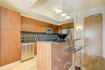 Condo/Townhouse Pending - Taking Backups: 603 Davis St #1105