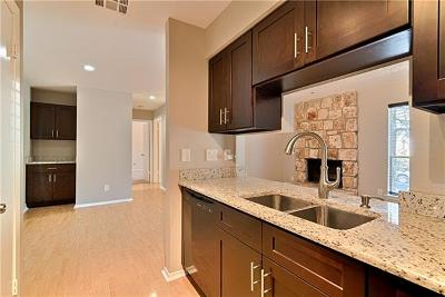 Austin Condo/Townhouse For Sale: 6903 Deatonhill Dr #13