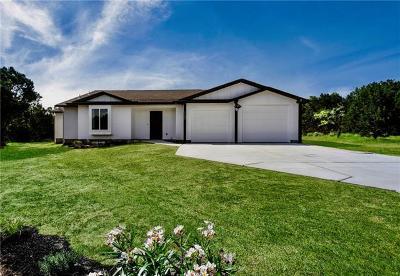 Lago Vista Single Family Home For Sale: 1702 Emerald Rd