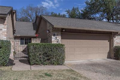 Travis County Condo/Townhouse For Sale: 8328 Summerwood Dr