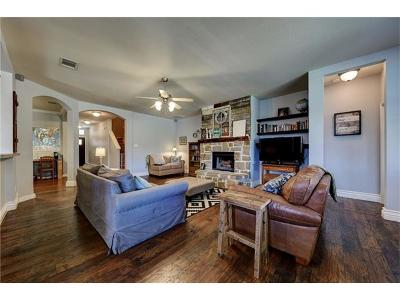 New Braunfels Single Family Home Active Contingent: 2063 Heaton Hall Dr