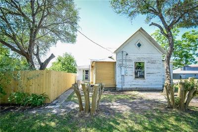 Refugio County, Goliad County, Karnes County, Wilson County, Lavaca County, Colorado County, Jackson County, Calhoun County, Matagorda County Single Family Home For Sale: 207 W Rose Blvd