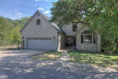 Single Family Home For Sale: 640 Bluffside Dr