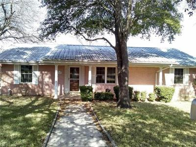 Lampasas County Single Family Home For Sale: 1309 W Avenue A